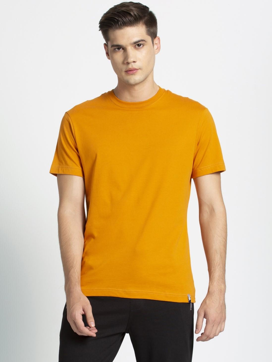 Men's Round Neck T-shirt -Free Sewing Pattern (Sizes S-XXL)